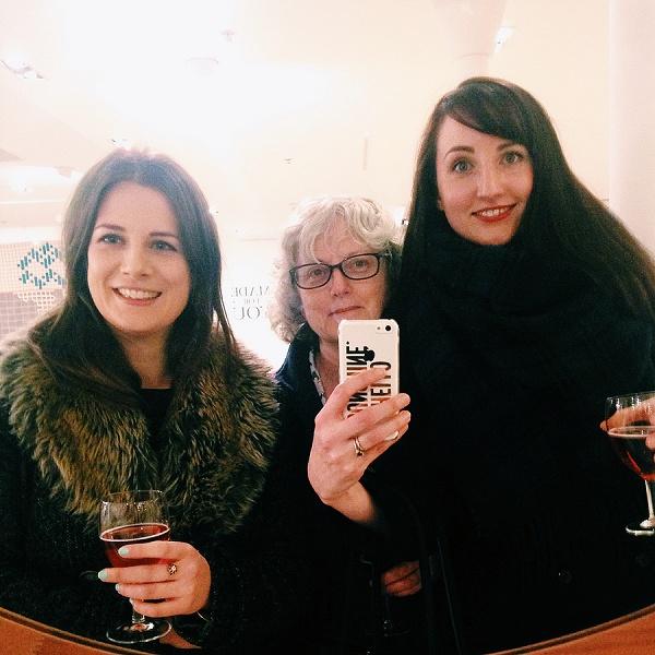 Heal's Mirror Selfie