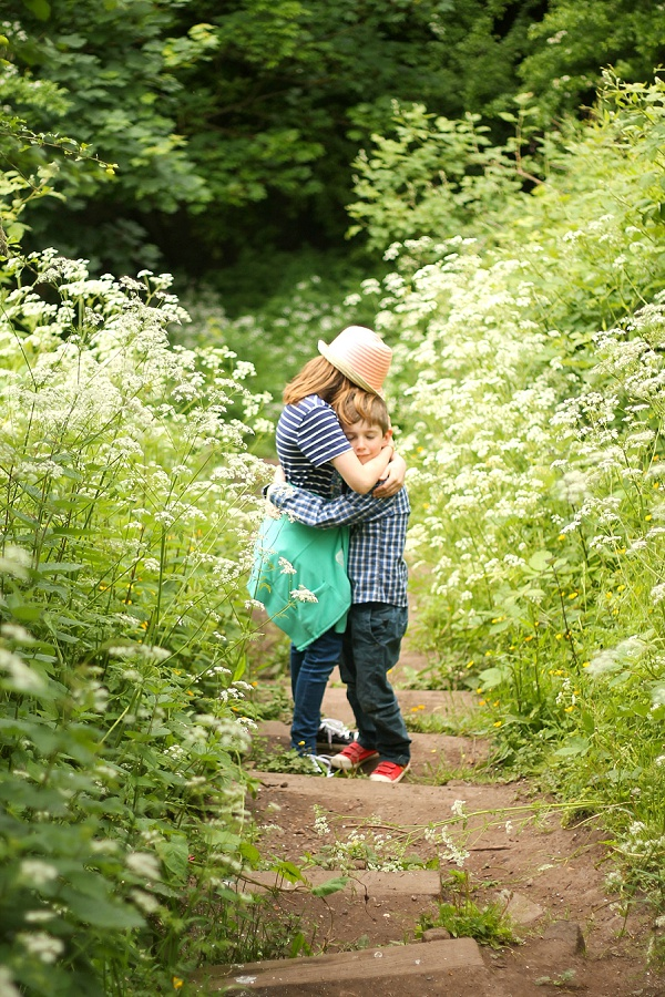 Love Audrey Lifestyle Blog Children Among Cow Parsley