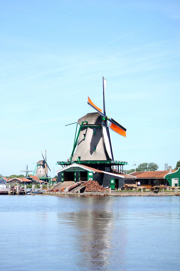 Our Amsterdam Adventure – A Day Trip to Zaanse Schans